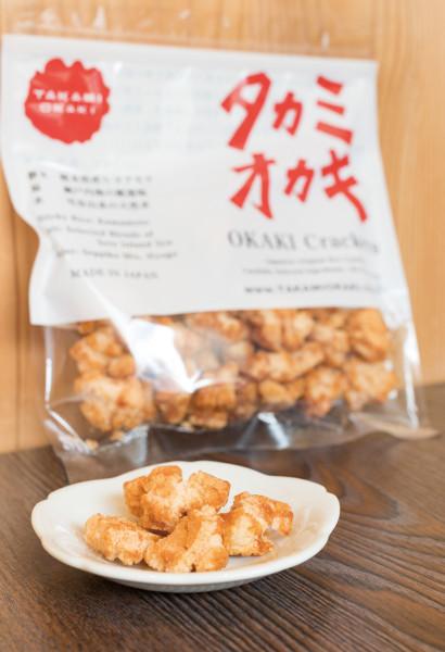 さっくり軽い食感の一番人気「関西醤油の揚げおかき」500円