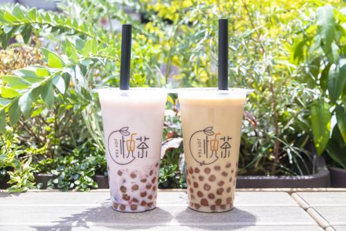「紅茶琥珀タピオカミルクティー」Mサイズ500円、Lサイズ600円