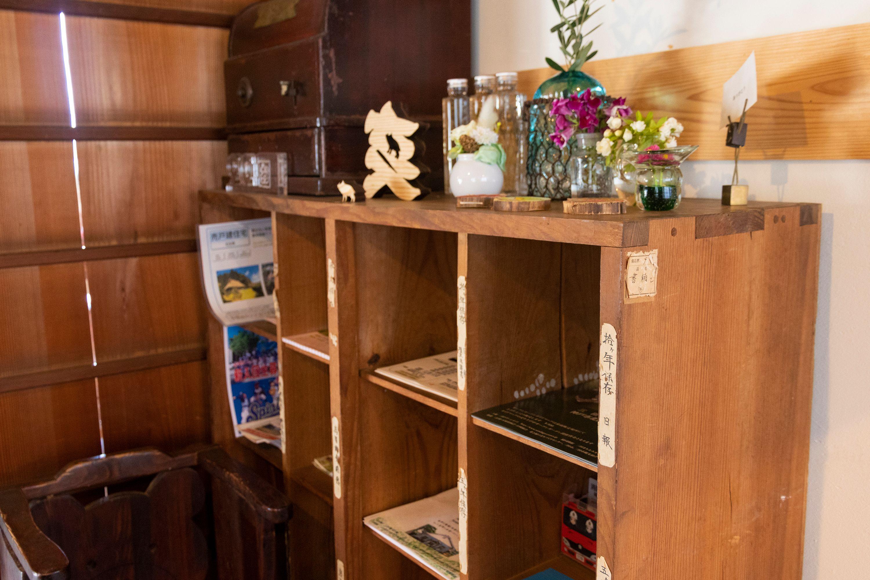 郵便局で使用されていた棚