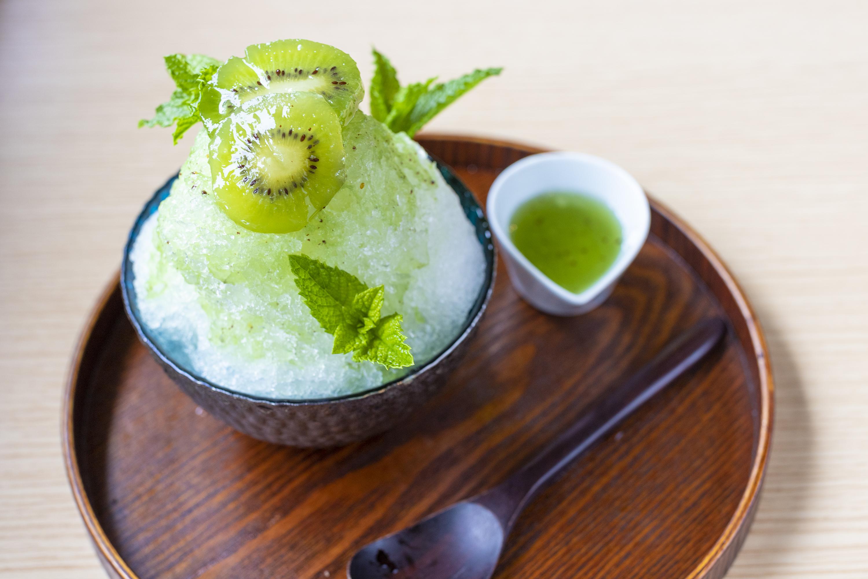 自家製キウイシロップとミントのかき氷???円(税込)