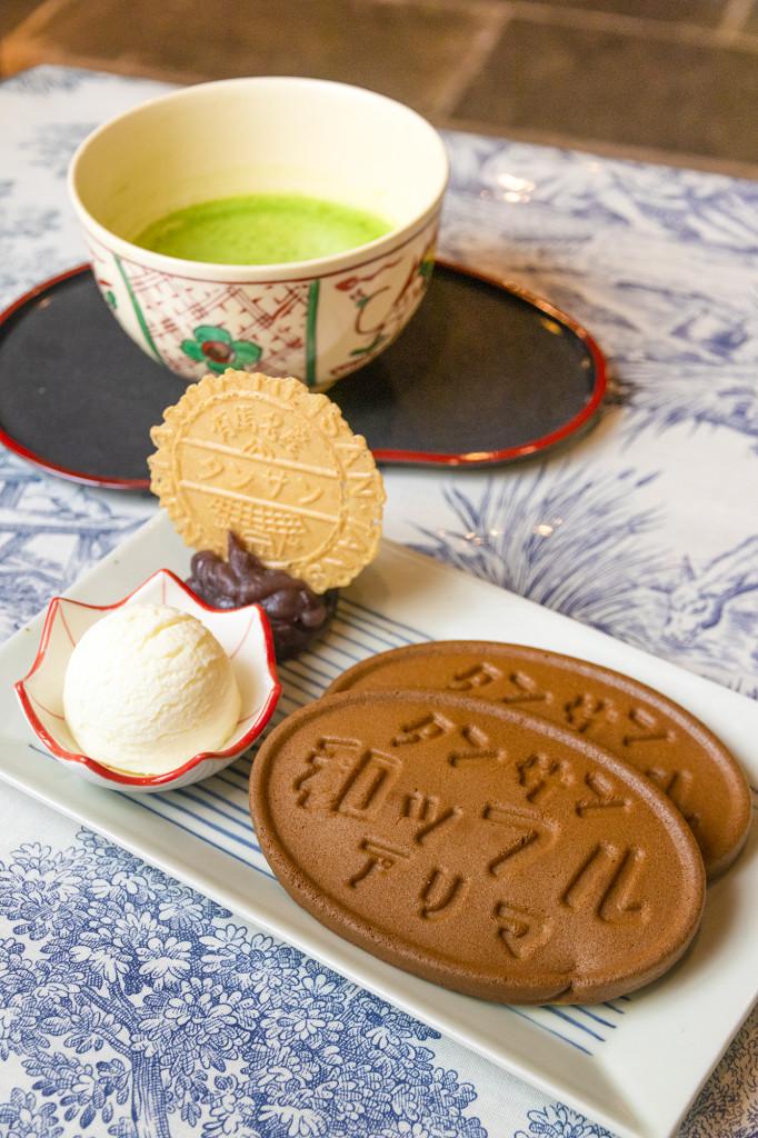 炭酸和ッフルセット(抹茶)700円